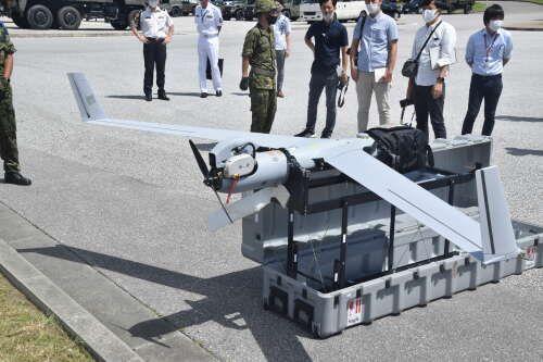 高度5000メートルの「目」、無人偵察機を陸自那覇駐屯地が公開 - 琉球 ...